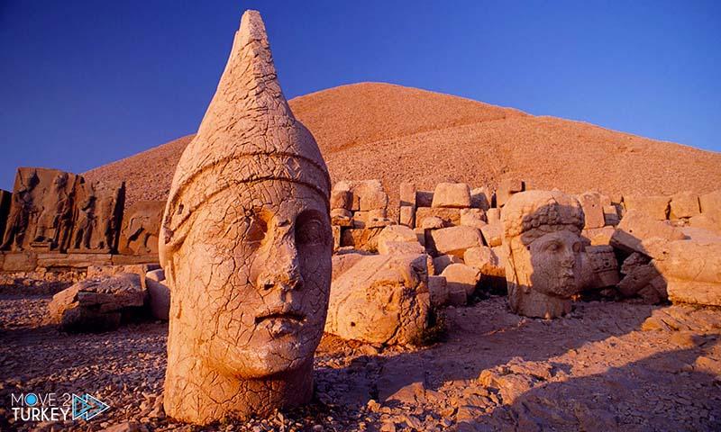 جبل نمرود في تركيا